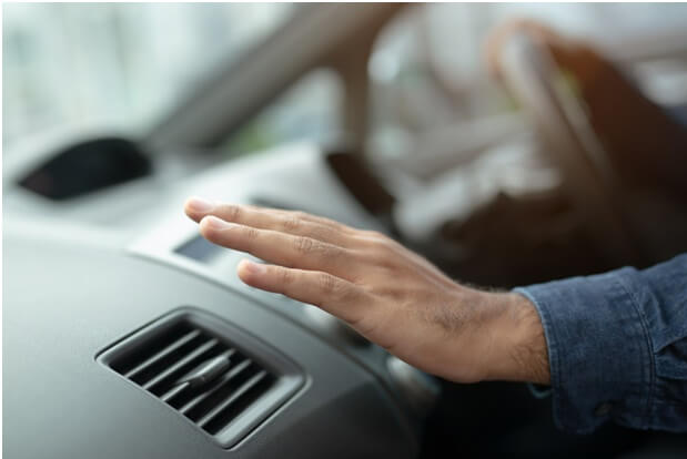 Signs That Your Car's AC System Needs Attention
